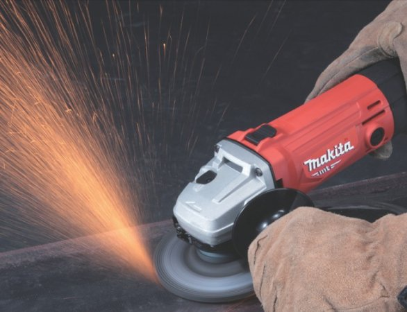 Makita MT M9503R úhlová bruska 125mm