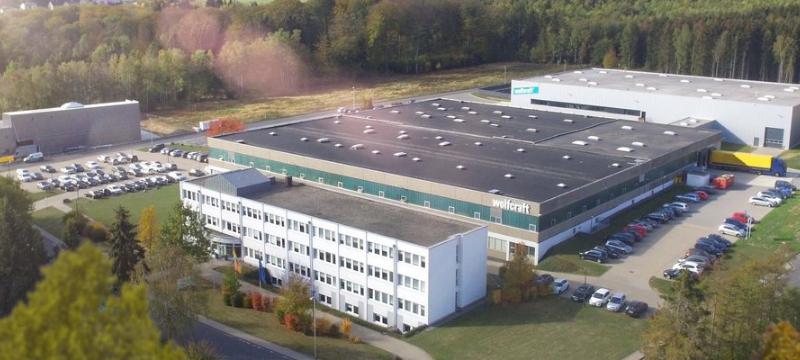 Továrna Wolfcraft - výrobce pomůcek nejen pro truhláře